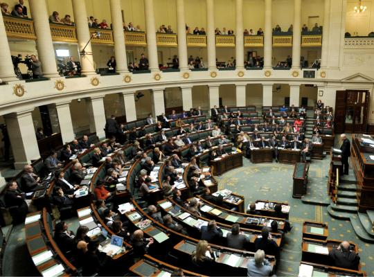 Programmawet : 10 werven voor fiscale rechtvaardigheid en lastenverlaging op arbeid